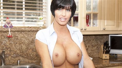 shay fox fitness milf in the kitchen