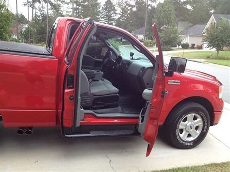 find   ford   stx standard cab pickup  door