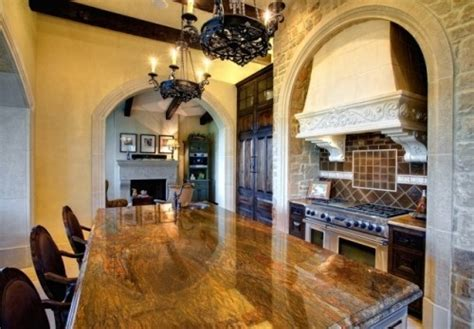 granite that looks like wood on island kitchen