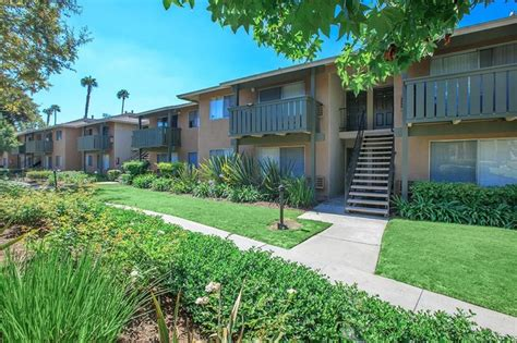 houses for rent in garden grove ca meadowood place apartment homes rentals garden grove ca