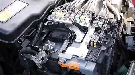 Peugeot 508 Fuse Box by How To Remove Battery And Fuse Box Peugeot 508