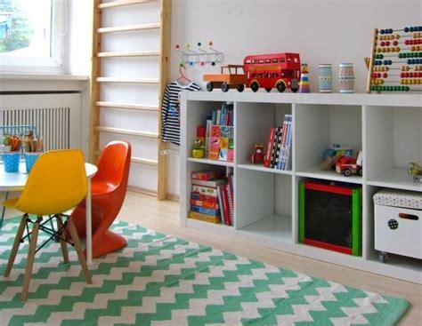 etagere de chambre étagère chambre bébé ikea chambre idées de décoration
