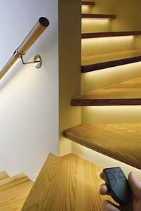 Indirekte Beleuchtung Treppe : indirekte stufenbeleuchtung treppe pinterest stufenbeleuchtung treppe und beleuchtung ~ Pilothousefishingboats.com Haus und Dekorationen