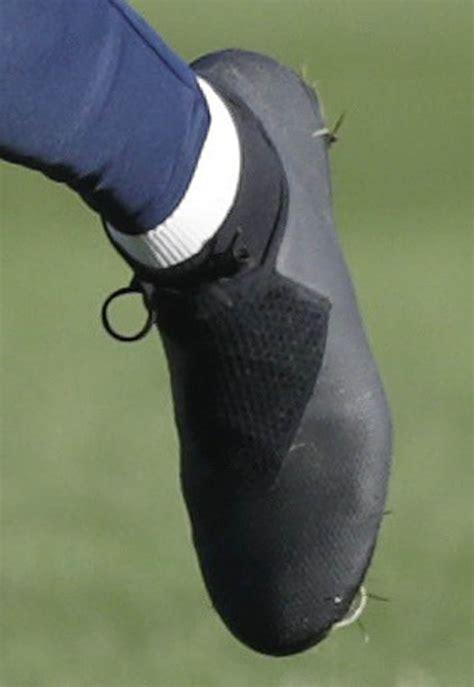 Kevin De Bruyne Shows Off All-New Nike Phantom Vision ...