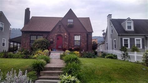 need help with exterior paint color for brick tudor