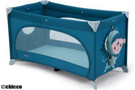 quel siege auto choisir lit parapluie bébé et enfant