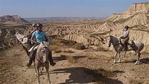 Desert Des Bardenas En 4x4 : le d sert des bardenas cheval youtube ~ Maxctalentgroup.com Avis de Voitures