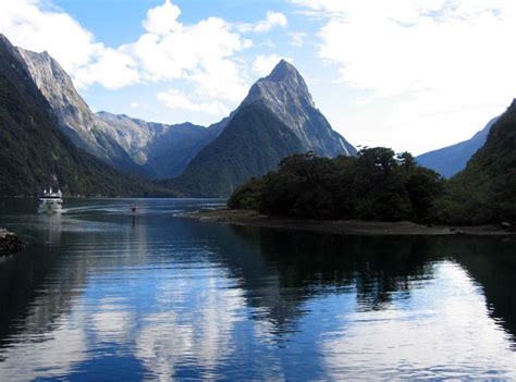 The South Island Beautiful Spot Of New Zealand Travel