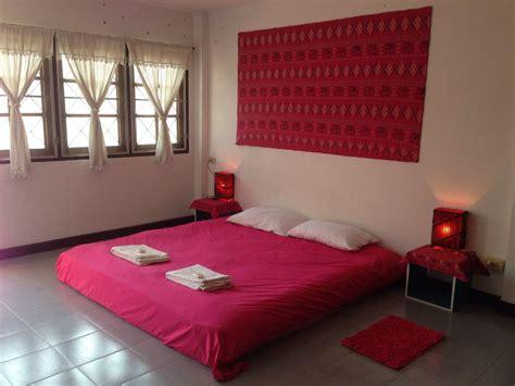 chambre avec privé chambre sur un étage privé avec un lit king size et salle