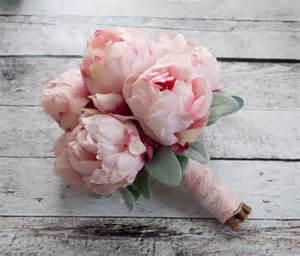 bouquet pivoine mariage le bouquet de pivoines en 48 photos magnifiques
