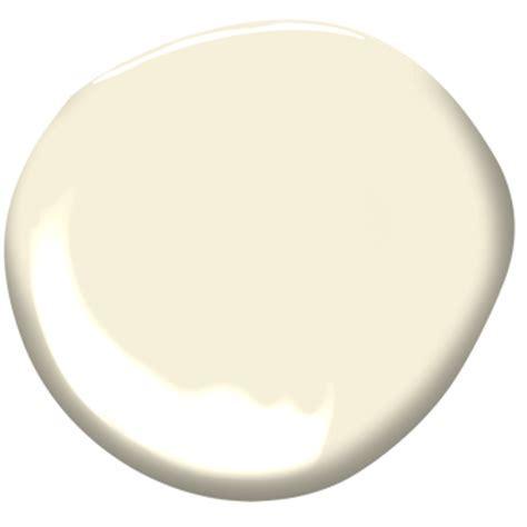 Calming Cream OC 105   Benjamin Moore