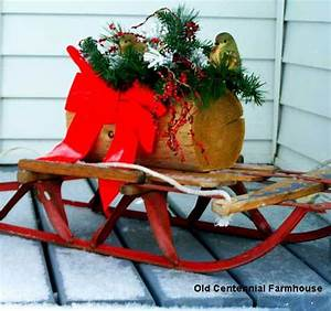 Vintage Christmas Decorations Wreaths