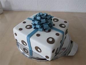Torte Für Geburtstag : geburtstag erwachsene eine schlichte torte f r meine mama ~ Frokenaadalensverden.com Haus und Dekorationen