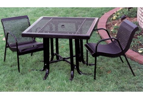 3 modern expanded metal canteen patio set