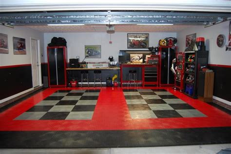 Racedeck Garage Flooring Uk by Racedeck Garage Flooring Black And Alloy