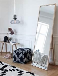 Dänisches Design Möbel : die besten 25 standspiegel ideen auf pinterest spiegel schlafzimmer industrielle spiegel und ~ Frokenaadalensverden.com Haus und Dekorationen