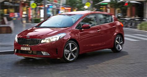 kia cerato pricing  specifications