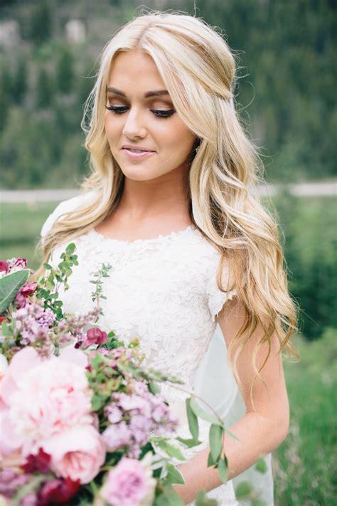 pops  pretty   wedding hairstyles bridesmaid