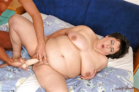 Fatty Granny Gives A Blowjob And Gets Screwed By A Younger