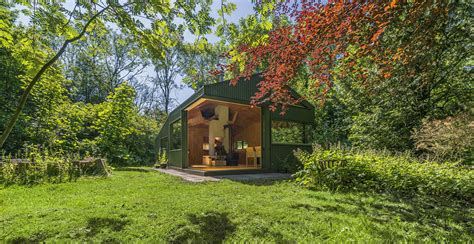 how to decorate a small living cabin in netherlands park fit for modern day thoreau