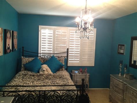 teal wall paint chandelier silver diy furniture make a