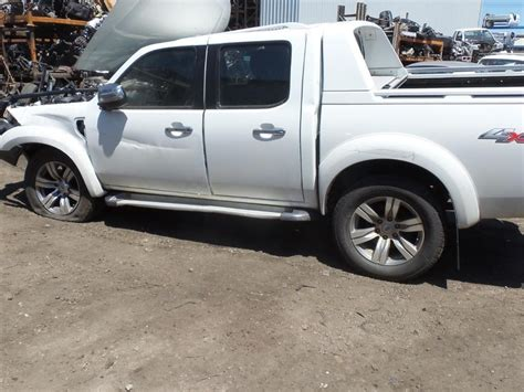 2010 pk ford ranger wildtrak now wrecking in cool white athol park ford wreckers