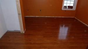 Laminate flooring laying pattern laminate flooring for Laminate flooring laying pattern