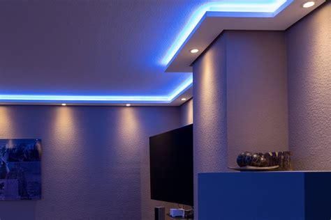 Led Beleuchtung Küche Decke by Bendu Moderne Stuckleisten Bzw Lichtprofile F 252 R