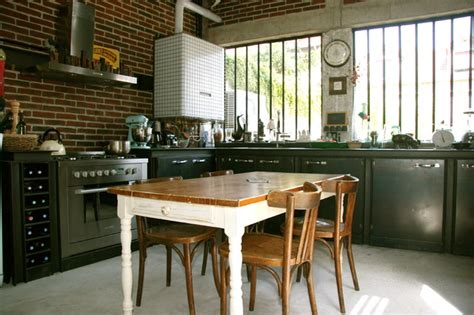 cuisine style bistro maison loft transformation d 39 une usine en loft