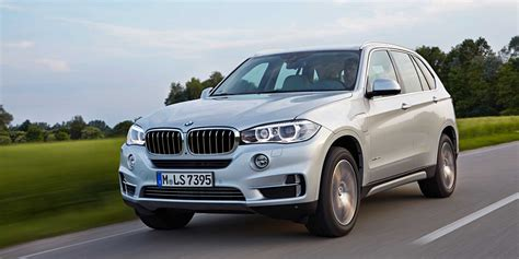 Bmw Vehicles by 2018 Bmw X5 Vehicles On Display Chicago Auto Show