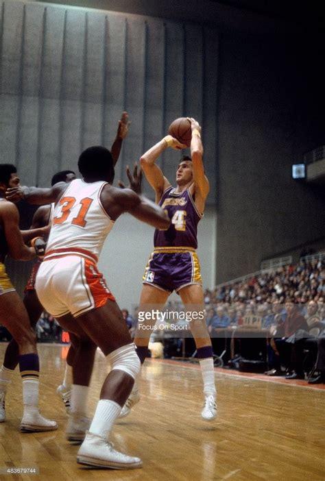 bullets basketball baltimore nba players west los angeles lakers jerry vs monroe washington earl guard shooting pro sports ohl don