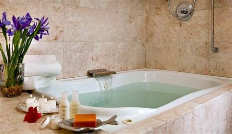 hotels with whirlpool tubs in room california suites and tub hotel rooms