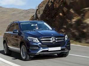 New 2017 mercedes benz gle 400 price photos reviews for Mercedes benz invoice price