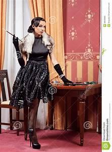 Retro Stil : kvinnan i strikt kl der i en retro stil arkivfoto bild ~ Pilothousefishingboats.com Haus und Dekorationen