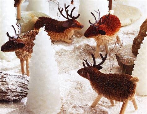 santas reindeer bottlebrush tree ornaments novacom