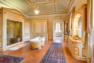 tuscan style bathroom ideas villa passalacqua lake como villa rentals