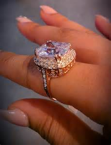 what does the engagement ring go on jewels ring wedding gold ring jewelry jewelry gemstone ring engagement ring