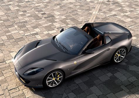 Ferrari 812 gts has 8 images of its interior, top 812 gts 2020 interior images include dashboard view, front ac vents, steering wheel, passengers view and front seats. Ferrari 812 GTS: Review, Trims, Specs, Price, New Interior Features, Exterior Design, and ...