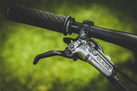 First Look Sram Guide Ultimate Brakes Pinkbike