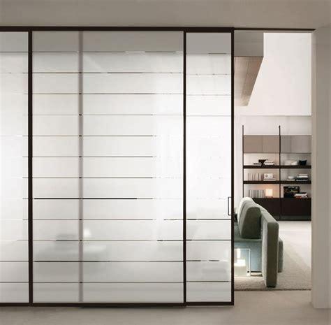 muri in vetro per interni pareti scorrevoli soluzione pratica e moderna