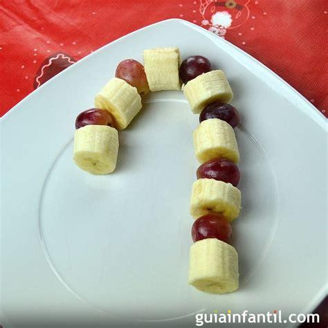 árbol de navidad con dulces bast 243 n de caramelo hecho con frutas postre de navidad