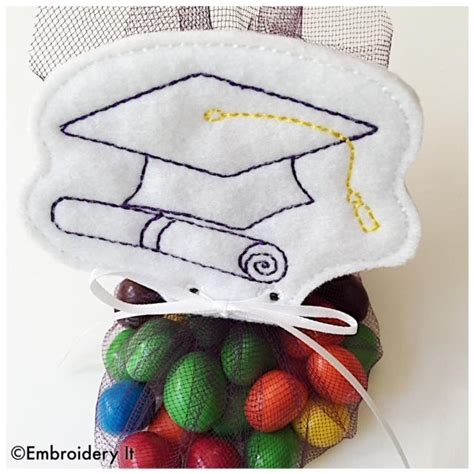 graduation cap candy treat topper machine embroidery design embroidery