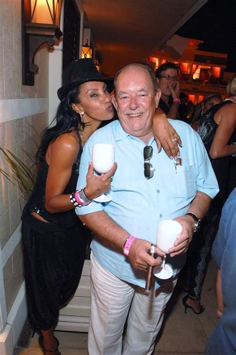 robin leach celebrates  years  celebrity journalism