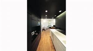 Une cuisine en couloir Maison & Travaux