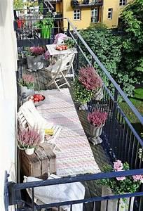 Kleinen Balkon Gestalten Günstig : fr hlingsdeko basteln den kleinen balkon frisch gestalten ~ Michelbontemps.com Haus und Dekorationen