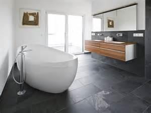 bild fã r badezimmer moderne bäder ohne fliesen bad ok