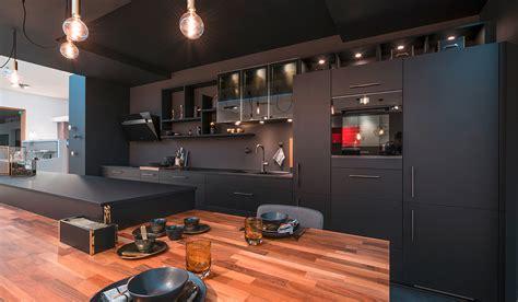 cuisine plan de travail noir cuisine noir et plan de travail bois cu79 jornalagora