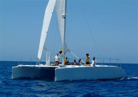 Catamaran Gif by Kurt Hughes Multihull Design Catamarans And Trimarans