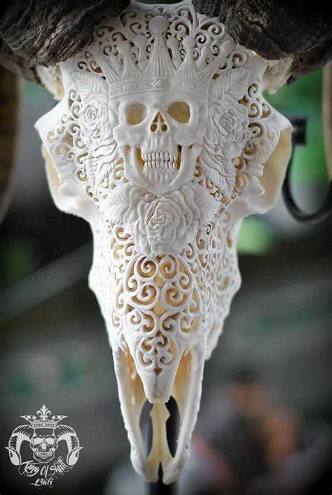 Hand Carved Ram Skull With King Natural