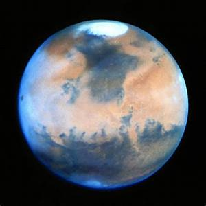 Mars photographed using the Hubble Space Telescope (HST ...